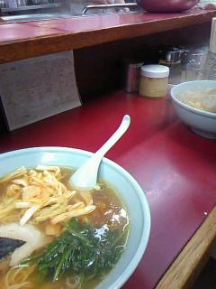 赤い炒飯とコーラフロート(いちろー)